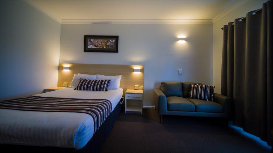 Cheap Accommodation near Canberra